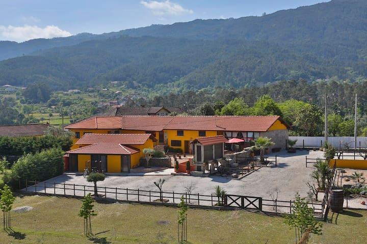 MATIAS GUEST HOUSE - Tondela - Ev