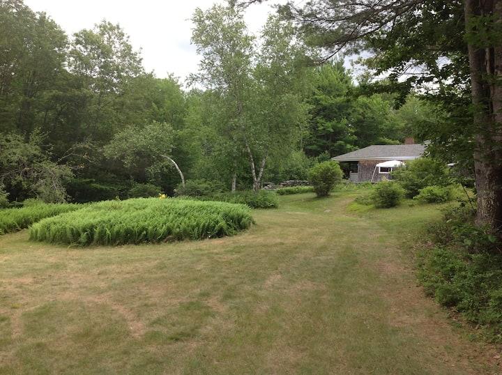 Large summer home on Laurel Lake NH
