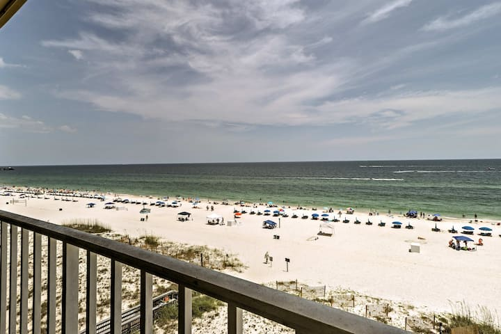 Oceanfront Gulf Shores Haven w/Pool & Beach Access