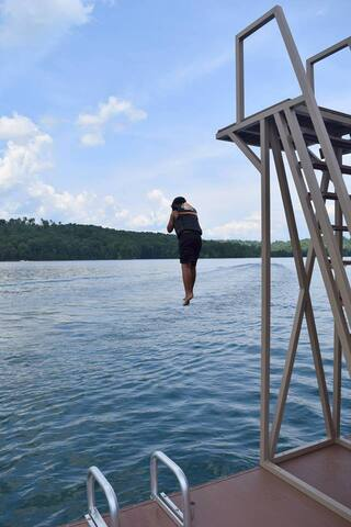 Norris Lake - LaFollette - บ้าน