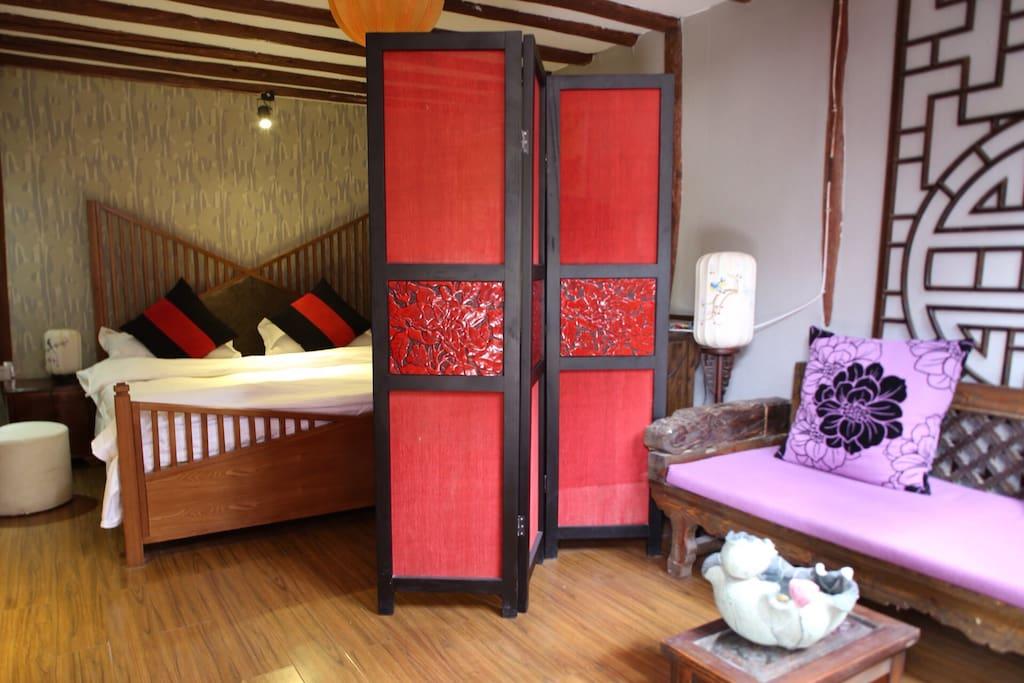 具有中国风的独立屏风,给您带来不一样的住宿体验