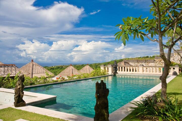 Hillstone Villas Resort Bali -3BR Pool Villa -1