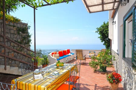 4.Pretty House between Heaven and Sea with Garden - San Michele