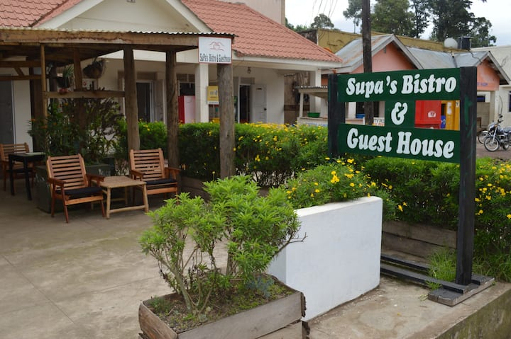 SuPa's Bistro and Guest House