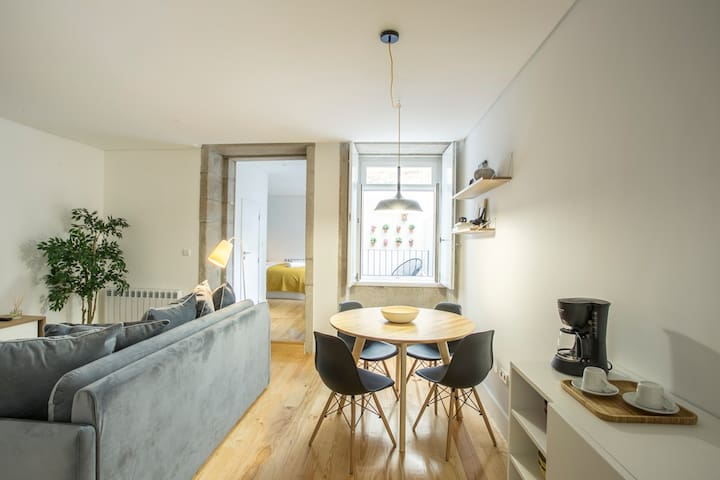 Blackbird Call - Apartment in the City Center