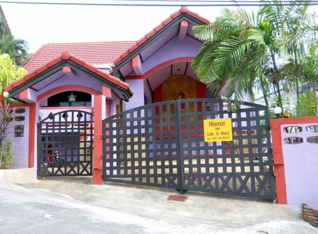 beautiful villa in Kathu ( phuket ) - kathu - Villa