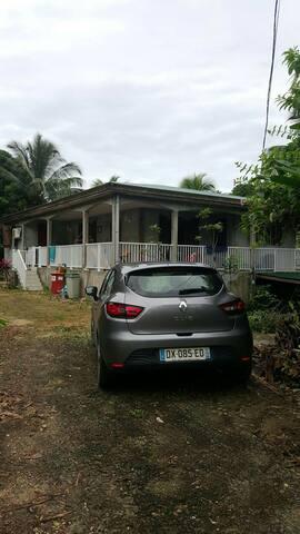 Maison typique des antilles - Morne-À-l'Eau