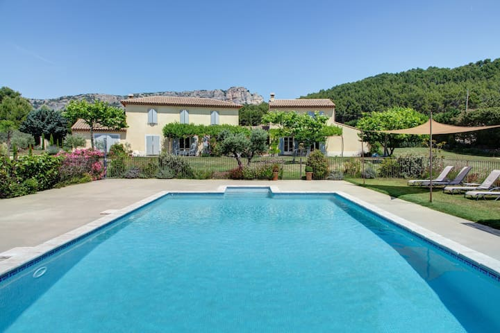 Cottage with pool & private SPA - Mérindol - Villa