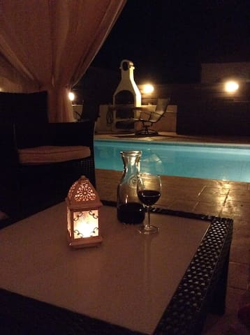 A  3 Bedroom Deluxe Villa  For Rent - Liopetri, Ayia Napa - Hus