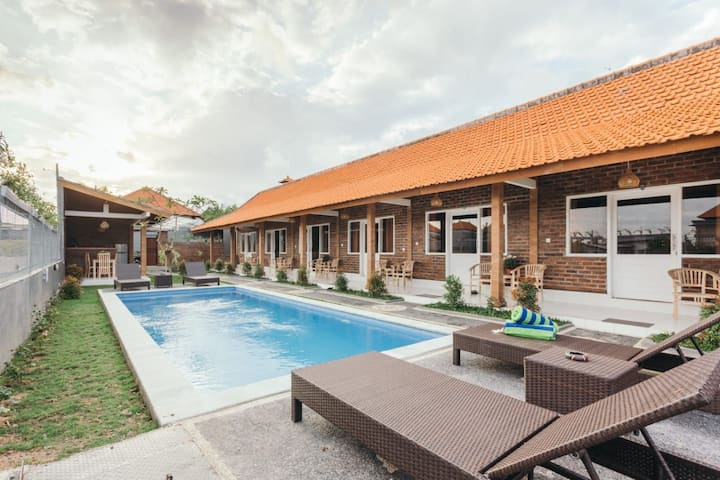 Clean and Chic Room with Pool in Canggu Bali