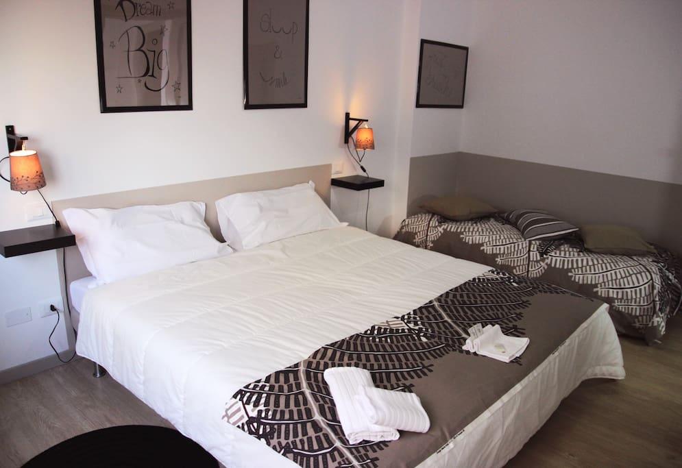 Camera da letto Matrimoniale + letto singolo