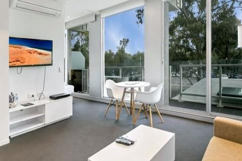 The Watson Hotel 2 bedrooms Great Location to CBD
