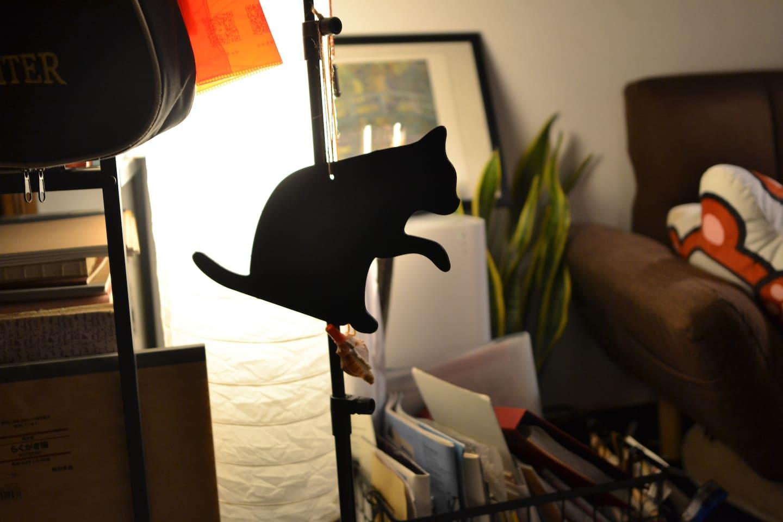 客厅,来自《魔女宅急便》取景地小豆岛的黑猫