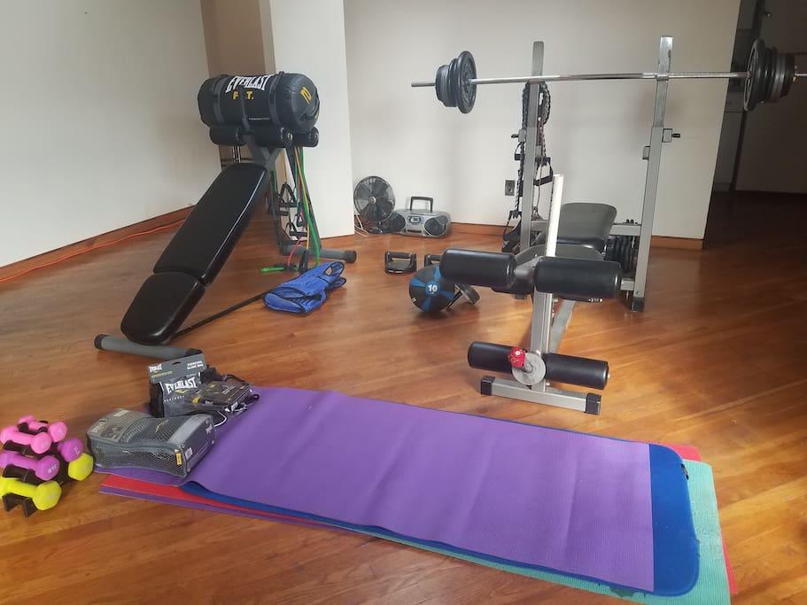 Fitness Area Amenities