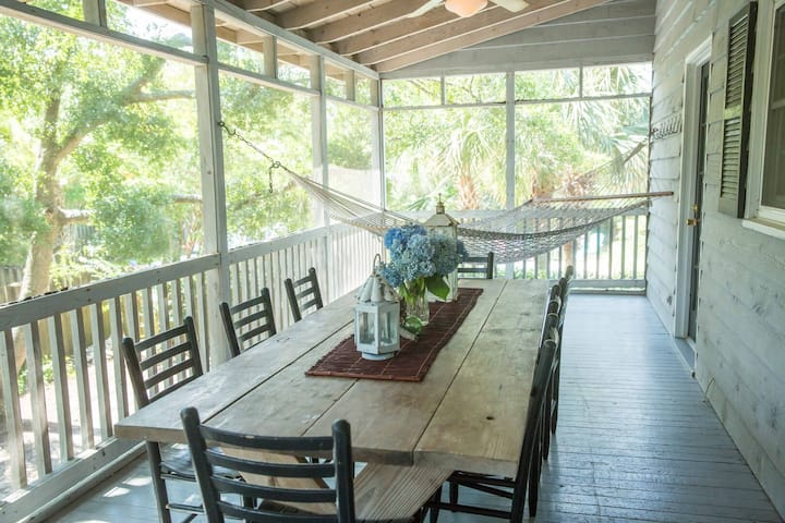 Charming Elevated House -- 1 Block to Beach! Large Screened Porch with Hammock!