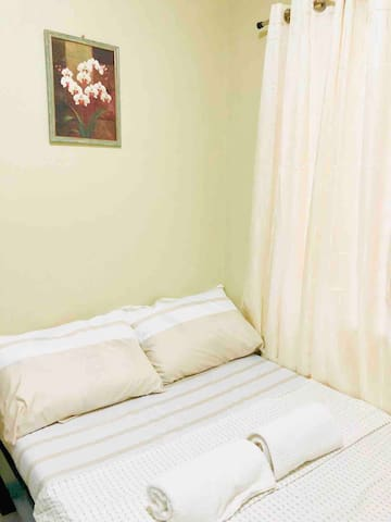 Private AC Room near Downtown/Mall/Bus/Pier/Resto2