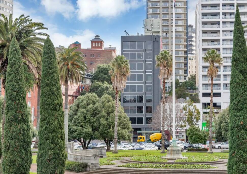 Located on the entire 5th floor close to Britomart Precinct & Parnell