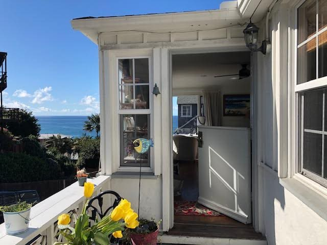 Laguna Vic Beach Cottage