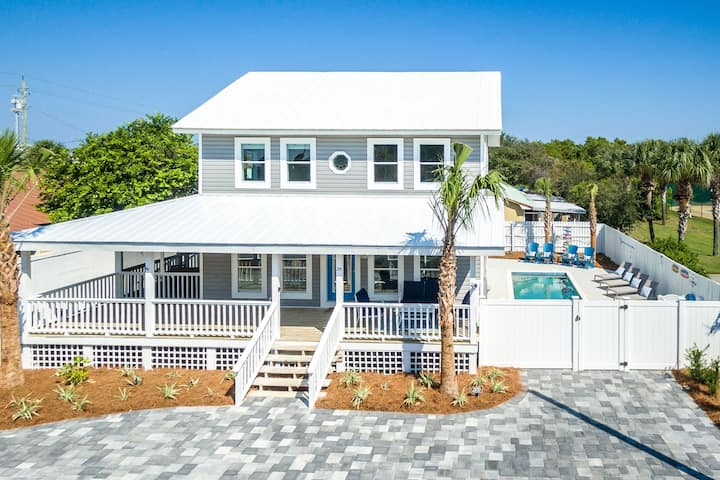 Surf Song Beach Retreat - Private Heated Pool