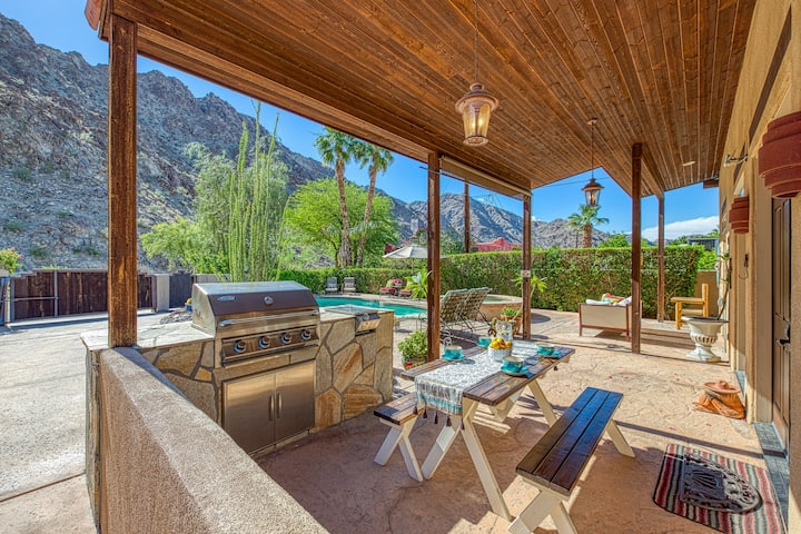 Gorgeous mountain view home w/private pool & spa - near trails