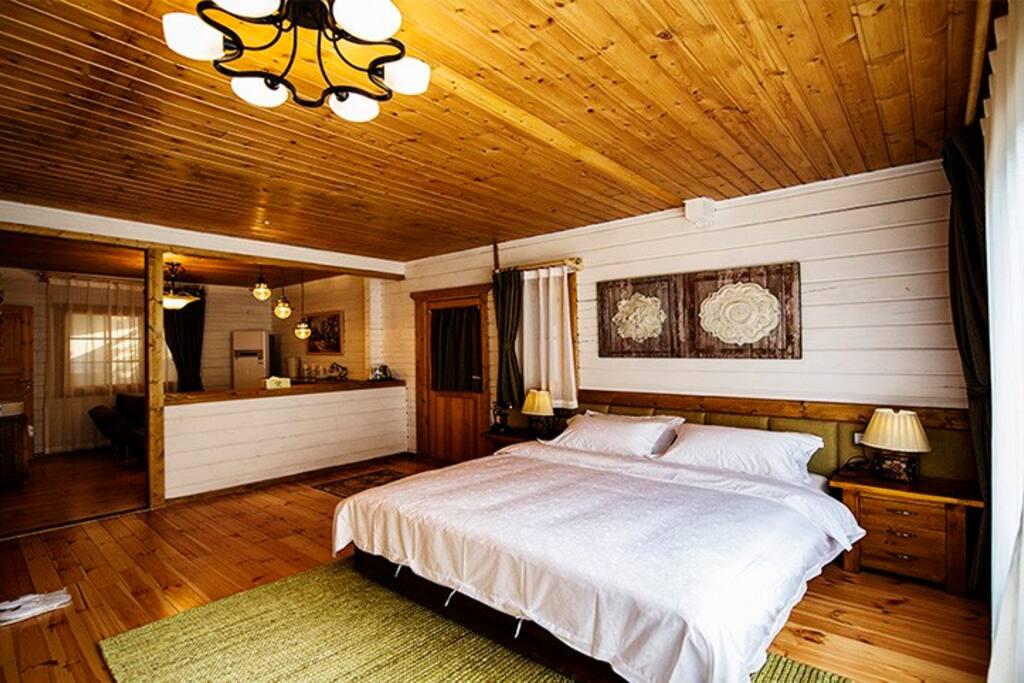 一楼房间照片,自带客厅