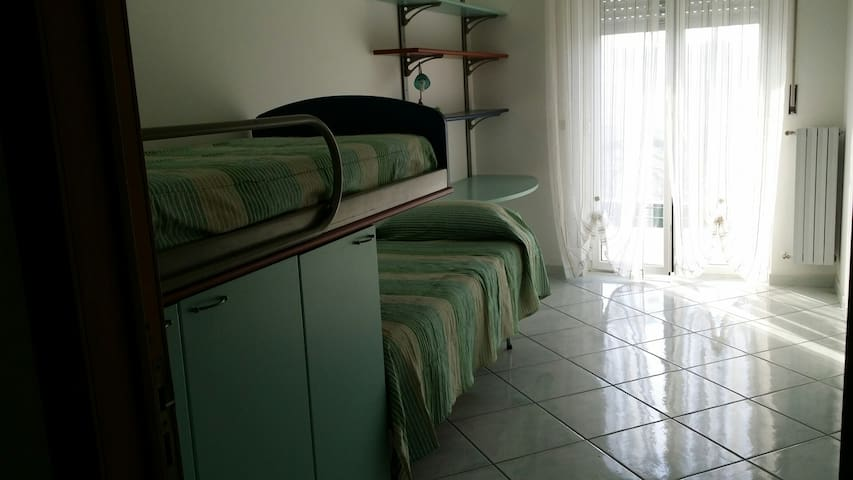 Terza camera da letto con letto a castello