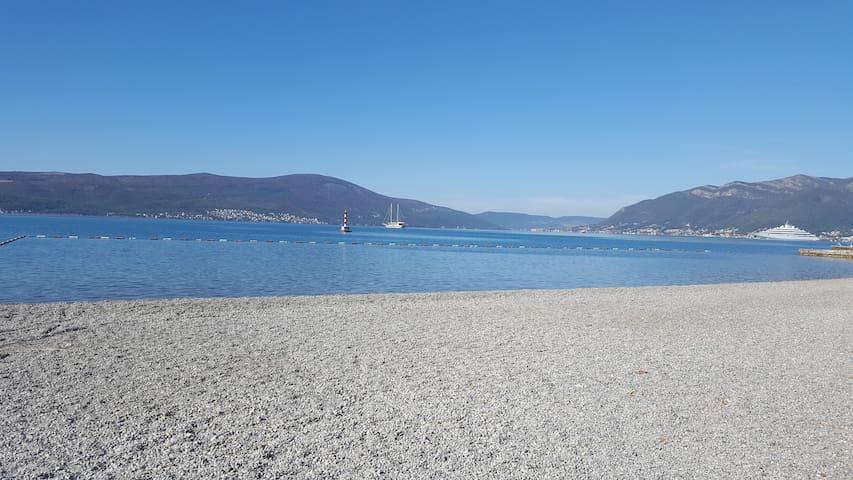 The beach next to the apartment (1min. walk)