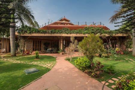 Artistic Villa