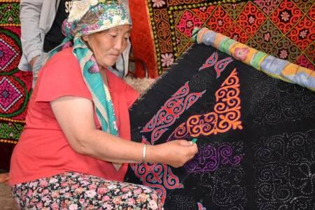 Explore the Kazak culture close to Ulaanbaatar
