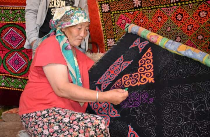 Explore the Kazak culture close to Ulaanbaatar