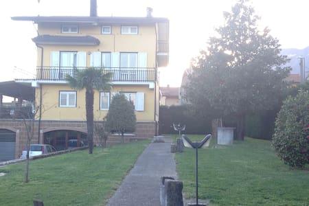 Villa Teresa - Avellino - Pis