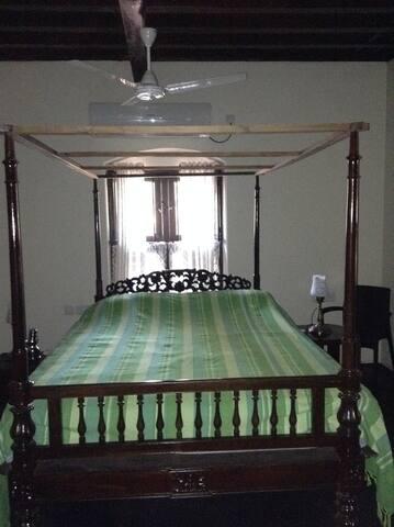 Parvathi Room