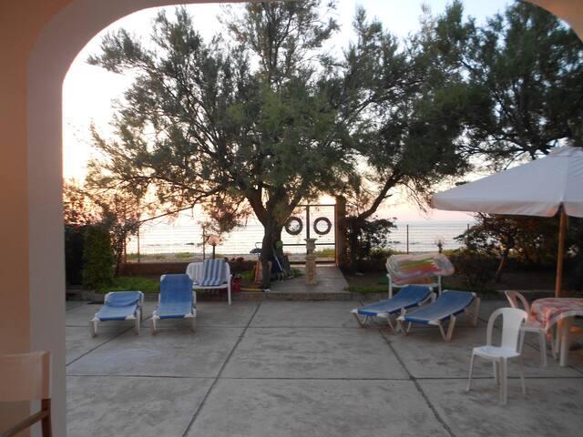 Villa sul mare a pochi chilometri da Cefalù
