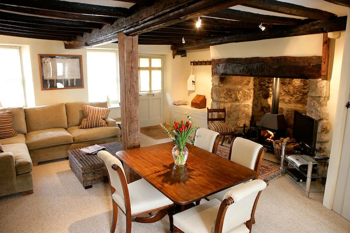 Luxury, old Dartmoor Cottage - Moretonhampstead - Ev