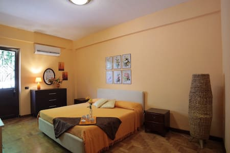 Van's B&b, Palermo. - Palerme - Bed & Breakfast