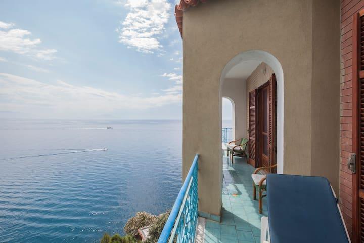 Private Beach Amalfi Coast Sea View - Maiori - Daire