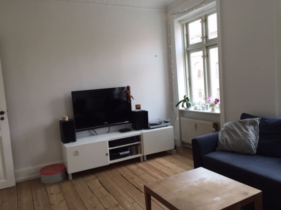 Lving room with tv and wi-fi / Stue, tv og wi-fi