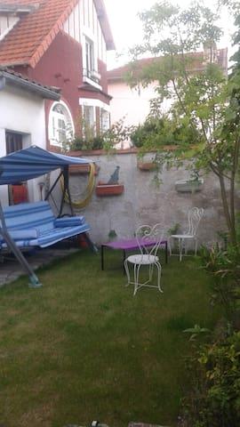 Chambre à louer à  Aulnay-sous-Bois