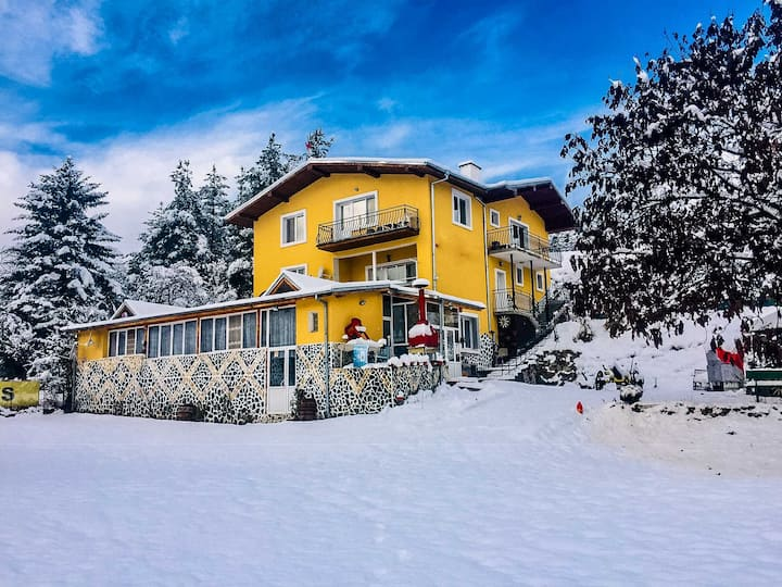Amazing Mountain View Villa in Velingrad