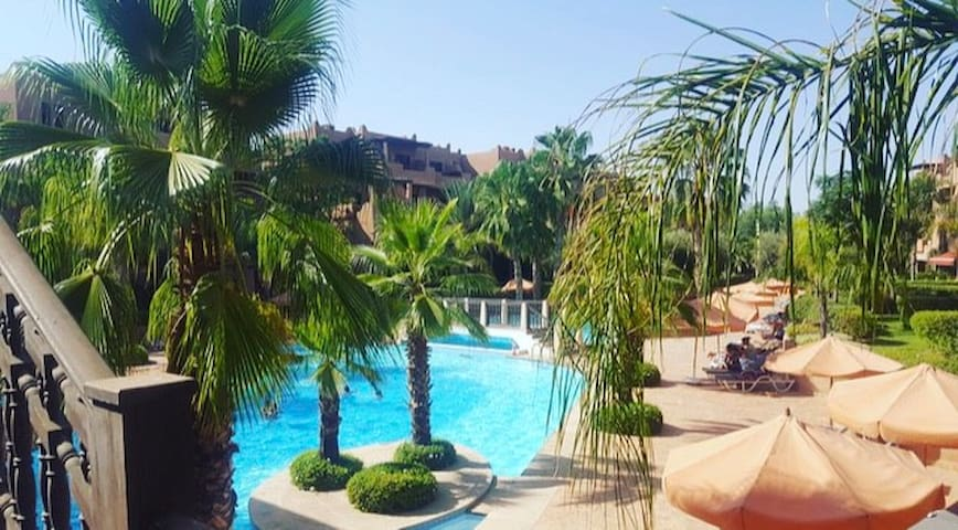 Apartment in the heart of Marrakech with pool