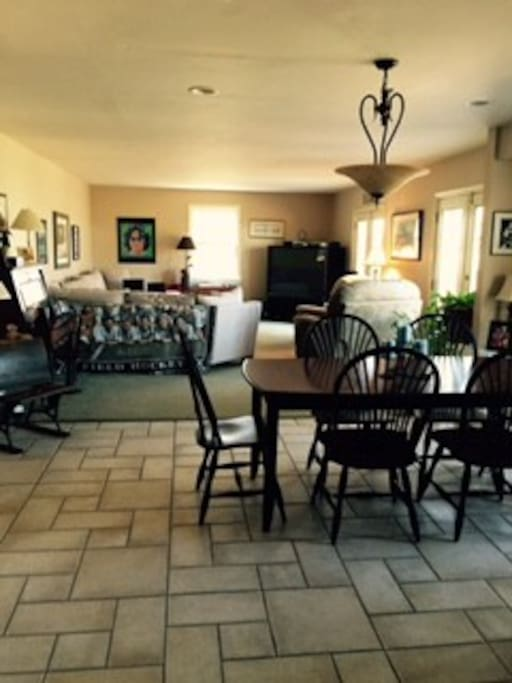 Family room & dining table