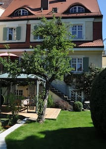 Perfect location, total relaxation! - Stockdorf, Gauting - Appartement