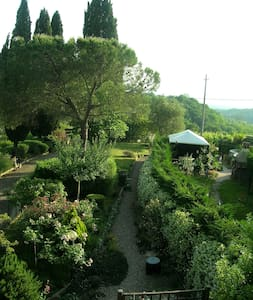 ADORABLE COUNTRY HOUSE IN CHIANTI - Morcone - Ev