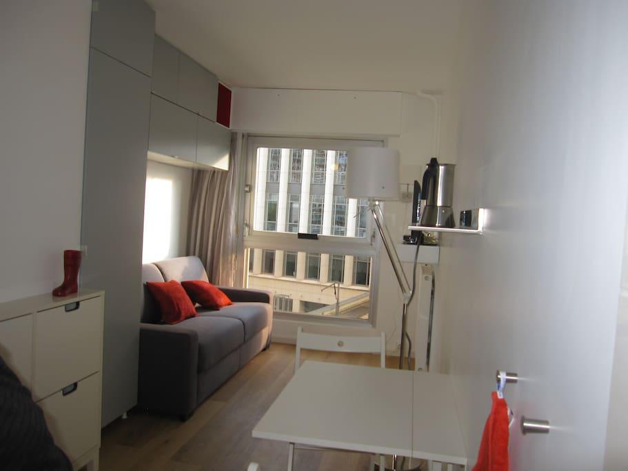 Studio meubl montpar tv internet appartements louer paris le de france france - Location meuble ile de france ...