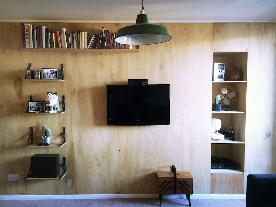 Flat Screen TV and Handcrafted Feature Wall