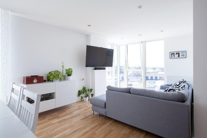 Penthouse near Greenwich, 3 bedrooms, 2 bathrooms - London - Apartmen