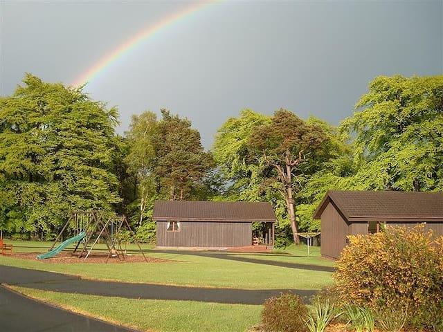 Avon Glen chalet Linlithgow/Falkirk - Linlithgow - Hytte (i sveitsisk stil)