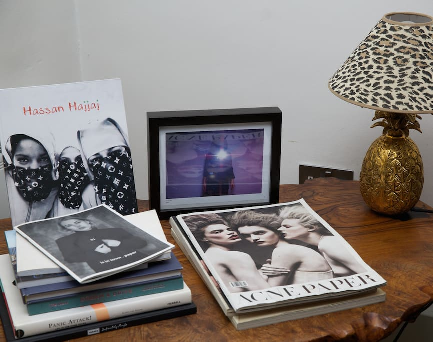 Coffee/Side table and interesting books