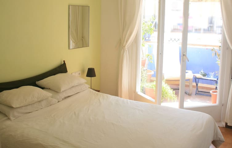 Centre / Beach Private Bath Terrace - Sitges - Apartemen