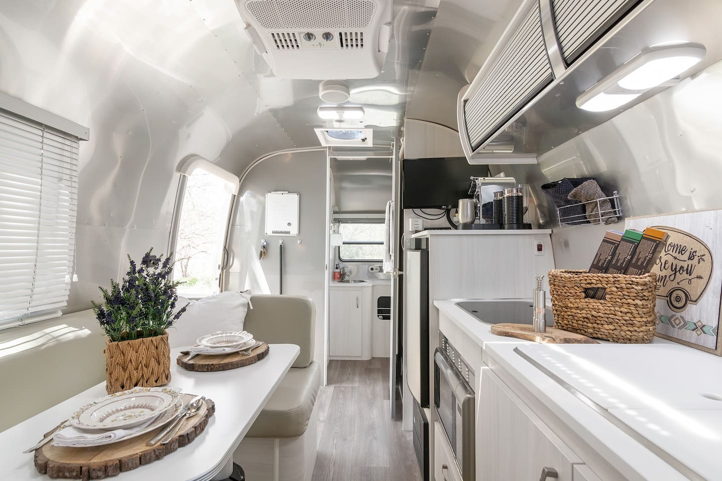 2019 Airstream- pristine and charming in a rural setting across from ancient petroglyphs- hiking and breathtaking views just steps from your door!